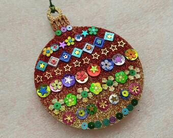 Round Ornament 16