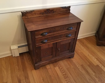 Antique Shaker Cabinet / Late 1800's - Early 1900's