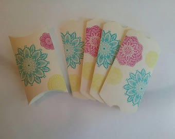 Vanilla hand stamped pillow boxes great for gifting jewelry and for use as party favors