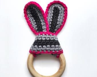 Baby teething ring - crochet organic cotton - handmade wooden toy - baby shower gift - newborn present - gender neutral teether
