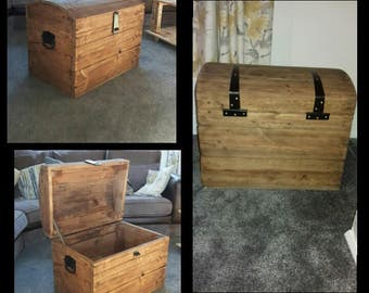 Lockable Chest