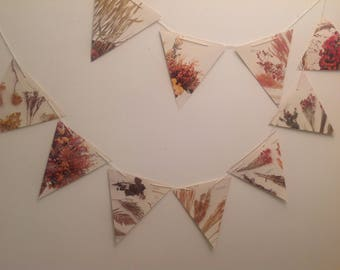 Paper bunting, flower bunting, wedding bunting, paper garland, recycled bunting, eco-friendly bunting, book bunting, upcycled bunting
