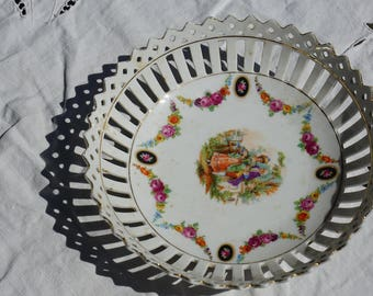 Reticulated dish