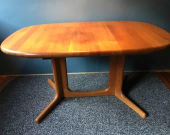 dining table | Glostrup | Danish | Dining table | 60s | Teak | Danish design | Mid century modern | extendable