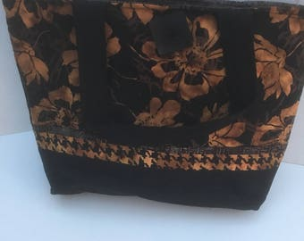 Brown and black flowers quilted tote