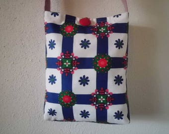 Shoulder bag ~ 70's fabric