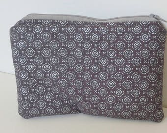 Silver Grey Zippered Cosmetic Bag, Zippered Pouch, Coin Purse, Zippered Bag