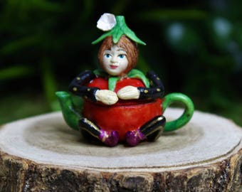 Miniature Fairy Garden Tomato Pixie Teapot, Cute Tiny Fairy Figurine 1:12 Scale, Dollhouse Decoration, DIY Charm Pendant Jewelry Supplies