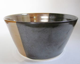 Black and Gold Serving bowl
