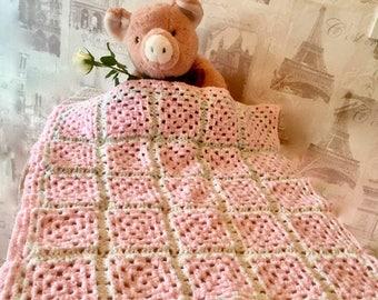 Newborn baby girl crochet blanket