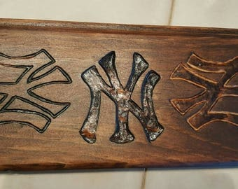 Wooden Yankees Plaque Sign