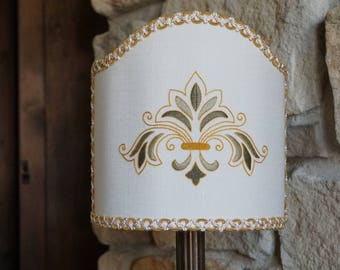 Embroidered shade lamp