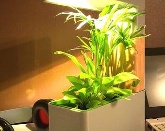 3D printed desk lamp