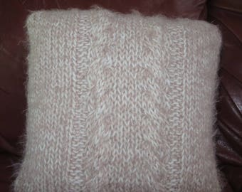 Double Cable Soft and Fluffy Pillow