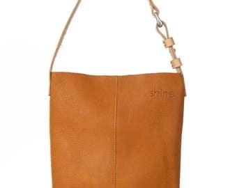 Small laptop bag Kim in Cognac
