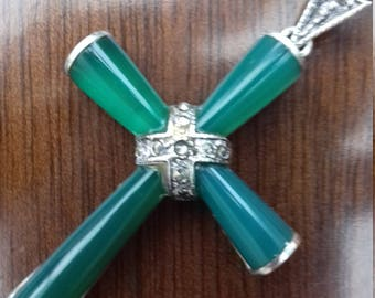 Beautiful vintage Jade cross necklace with marcasite detailing and silver-plated heavy chain