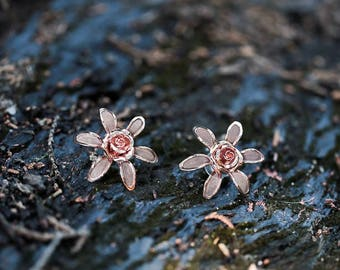 Flower wedding earrings - The Adelaide style