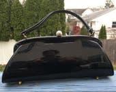 Never Used Vintage Vinyl Purse / 50's Black Patent LEATHER HandBag / BEAUTIFUL 1950's Pocketbook