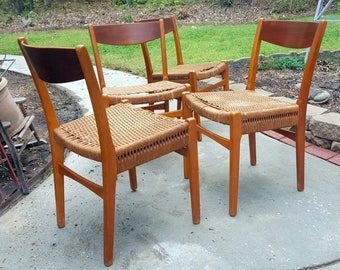 Vintage Set of Four Matching Danish Teak Kitchen Dining Chairs Rope Woven Seats Project Chairs