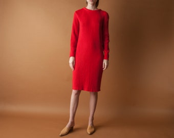 red ribbed knit dress / red sweater dress / knee length dress / s / 2111d / B13
