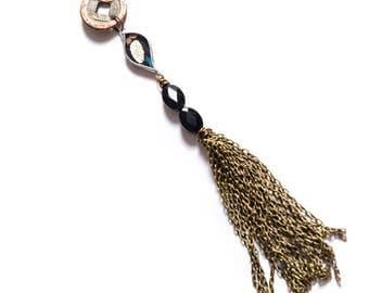 Dynasty Whisper Necklace by Shi Studio