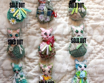 Pick-A-Kitty Mini Kitty Cat Magnets - Quilty Critters - OOAK, Novelty, Gift, Folk Art, greens