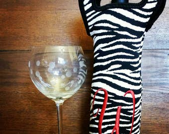 Black and white zebra Wine Bottle neoprene Tote bag with handles