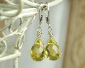 Citrine Quartz Earrings, Yellow Earrings, Drop Earrings, Quartz Earrings, Lemon Yellow, Sunshine, Briolette Earrings, Dangle Earrings,