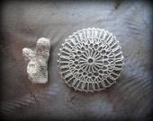 Crocheted Lace Stone, Handmade, Original, Ecru Thread, Small, Unique Gift, Table Decoration, Smooth Stone, Home Decor, Monicaj