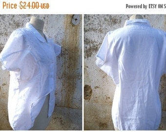 ON SALE 20% Vintage 1980/80s white cotton embroidered eyelet  blouse size L