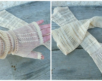 Vintage Antique 1900 Victorian long hand knitted cream thin cotton gloves fingerless