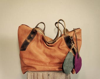 NEW//XL Oxford Tote in Camel Brown Buffalo Hide with Oil Tanned Brown Leather Tote Straps