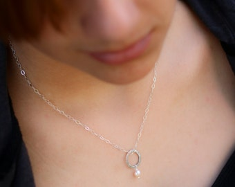 Sterling Silver Circle Pendant, Peach Freshwater Pearl Necklace, Everyday Simple, Circle of life, Circle Necklace, Layering necklace