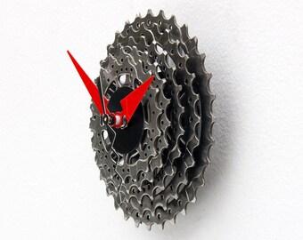 recycled bike Clock, Bike Gear Clock, bike parts clock, cyclist gift, boyfriend gift, bicycle parts gift, unique repurposed bike clock,cycle