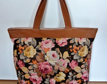 Lovely unique one-of-a-kind tote bag handbag of printed Sandersen linen with pink/ yellow rose flower motive and goldbrown leather