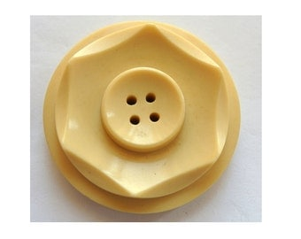 Antique vintage button cream shade plastic, large button, 38mm, 8.5mm thick, RARE
