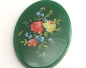 50% Off Sale 1 Vintage Plastic Floral Cameo - 40x30 - Green - Style 2 VIC017