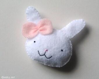 Bunny Rabbit Felt Brooch Cute Bunny Felt Pin Woodland Felt Animal Fashion Accessory Kids Accessory Cute Rabbit Baby Shower Gift Pastel Pink