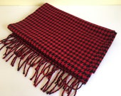 Vintage Cashmere Fringed Scarf // Red & Black Houndstooth // Made in Germany // Winter Scarf