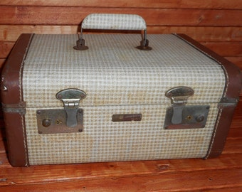 Rustic chic Antique Train Case,Small chic Train Traveler Size Suitcase ,For Decor ,Churchill Luggage ,Makeup Train Luggage