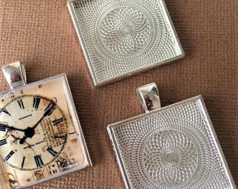 10  Square Pendant Trays Bezels 1 inch  Silver  25 mm STURDY Settings Glass Tile Pendants FAST SHIPPING