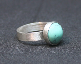 Natural turquoise ring, Turquoise silver ring, Gemstone silver ring, Stackable ring, Turquoise solitaire ring, Dainty silver ring