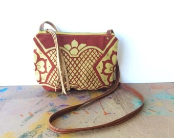 date purse  • small crossbody bag - geometric print • red and mustard khaki geometric floral print - handprinted - gifts under 50 • talavera