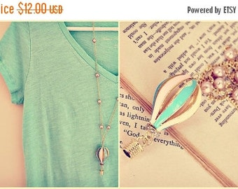 Sale The little hot air balloon. a whimsical & sweet vintage style necklace. long.