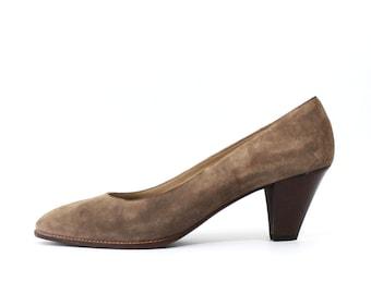 1990's Anne Klein Taupe Brown Heels