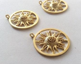 1pc - Matte Gold Plated Brass  Sun Charm-35x32mm-(017-050GP)