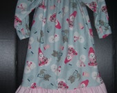 Matching flannel nightgowns Winter Doggy fun size..6/7
