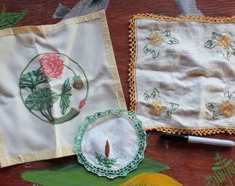 Lot of three pieces of vintage embroidery DESTASH
