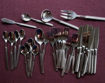 Cambridge Stainless Flatware Partial Set of 12 Unknown Vintage Pattern