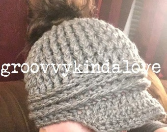 Crocheted ponytail messy bun hat with bill